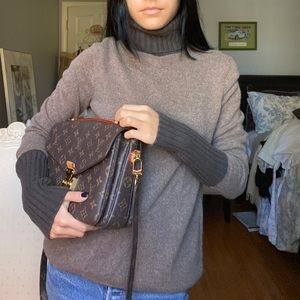 Sweaters - Brown contrast cashmere sweater
